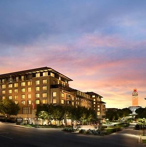 At&T Hotel & Conference Center At The University Of Texas photos Exterior