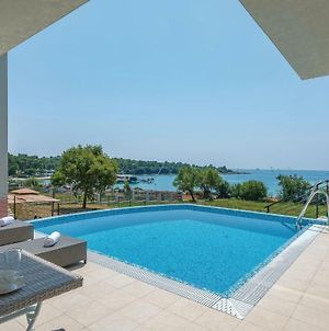 Awesome Home In Pula W/ Outdoor Swimming Pool, Sauna And 5 Bedrooms photos Exterior