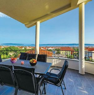 Amazing Apartment In Kastel Stari W/ Wifi, Outdoor Swimming Pool And 4 Bedrooms photos Exterior