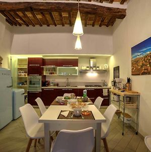 Cozy Apartment In The Heart Of Siena photos Exterior