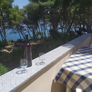 Apartment For 2,By The Sea,Quiet Area,Big Terrace,Private Parking,Wifi,Bbq photos Exterior