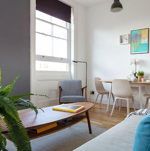 Stylish Central Brighton Apartment photos Exterior