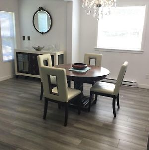 Moncton Fully Furnished Apartment photos Exterior