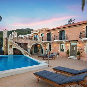 Villa Steve Kois,A Dream Retreat With Private Heated Pool photos Exterior