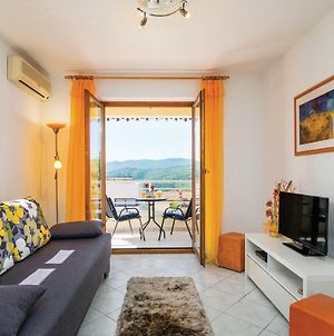 One-Bedroom Apartment In Rabac photos Exterior