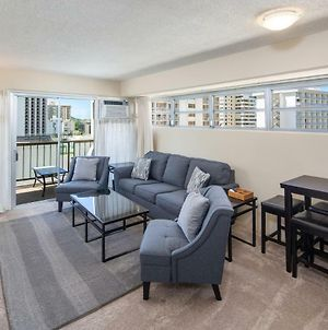 Ocean View From Lanais-2 Blocks To Waikiki Beach - Free Parking photos Exterior