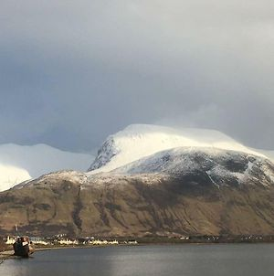 Situated At The Heart Of Fort William photos Exterior