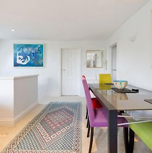 Spacious & Bright 2-Bed Flat By Wandsworth Common photos Exterior