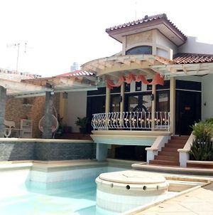 T-Rooms Homestay @Lapangan Hatta photos Exterior