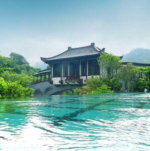 China Overseas Hotspring Resort photos Exterior