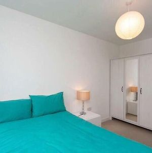 Stylish One Bedroom Apartment Close To The City Of London photos Exterior
