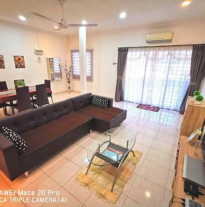Why Pay More @ Downtown Double Storey Homestay photos Exterior