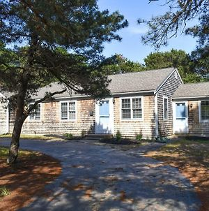 Eastham Cape House With A Short Beach Walk & Room For Friends And Family photos Exterior