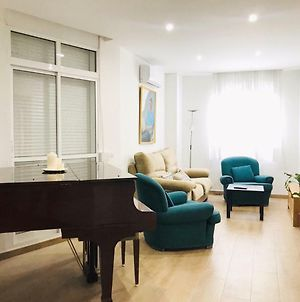 Beautiful Apartment Next To The River In City Center photos Exterior