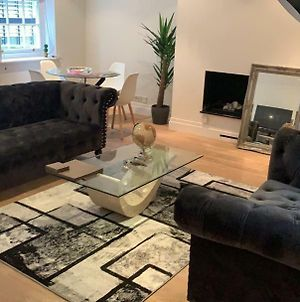 Stylish 2 Bedroom Mews In Central London photos Exterior