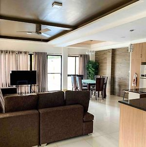 Eli Villa Cebu - Your Cozy Spacious Uphill Home photos Exterior
