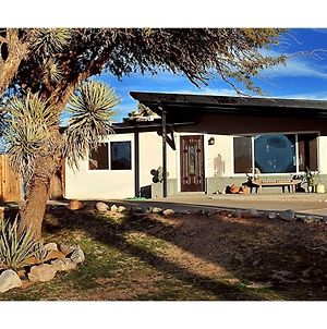 Desert Serenity In Yucca/Joshua Tree W/Ac & Fire Pit photos Exterior