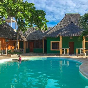 Diani Campsite & Cottages photos Exterior