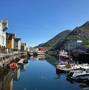 Cute Small Apartment On The Pier In Nyksund photos Exterior