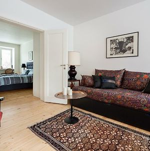 Central Beautiful 1 Bedroom Apartment With Terrace photos Exterior