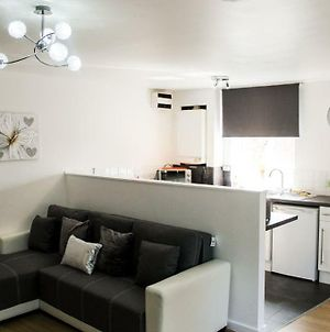Two Bedroom Liverpool Apartment By Top House photos Exterior