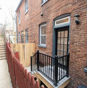 Cozy Hideaway In The Heart Of Lancaster photos Exterior