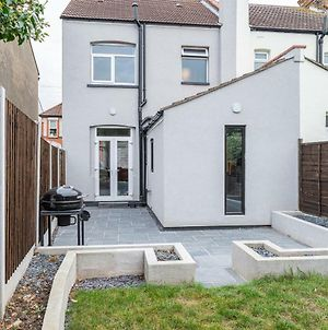House Located In Leigh On Sea photos Exterior
