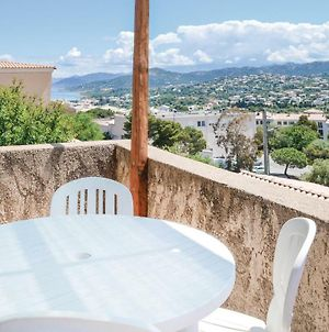 One-Bedroom Apartment In Ile Rousse photos Exterior