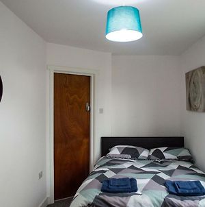 Double Rooms 20Min Walk To Cardiff City photos Exterior