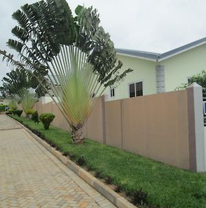 Likizo Exclusive - Accra photos Exterior