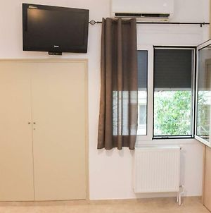 Central Modern Fully Equipped Double Bed Studio photos Exterior