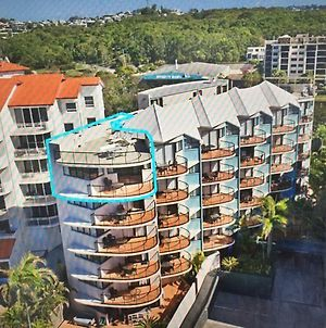 Coral Sea Views Beachfront Penthouse photos Exterior