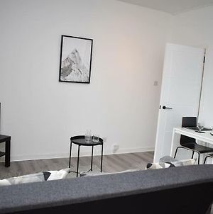 Modern & Bright 1 Bed For 4 Close To City Centre! photos Exterior