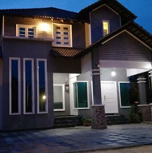 Awang'S Villa Homestay photos Exterior