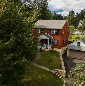 Entire House For 6 People With Fenced Backyard Near Doylestown photos Exterior
