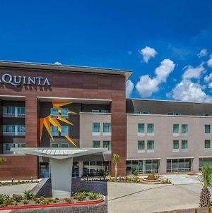 La Quinta Inn & Suites By Wyndham Houston East At Sheldon Rd photos Exterior
