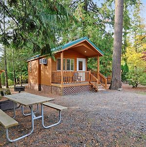 Mount Hood Village Deluxe Cabin 8 photos Exterior