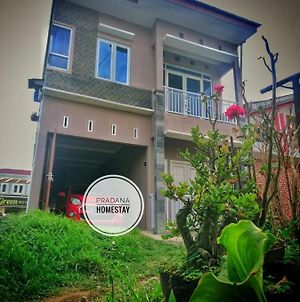Pradana Homestay photos Exterior