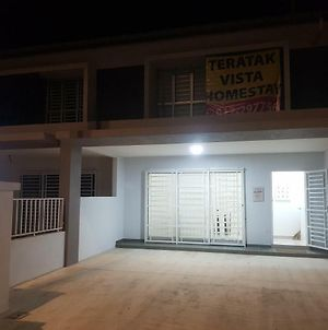 Fully Airconditioned Wifi Rooms Budget Homestay Pagoh photos Exterior