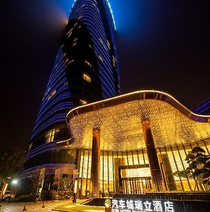 Auto City Ruili Hotel photos Exterior