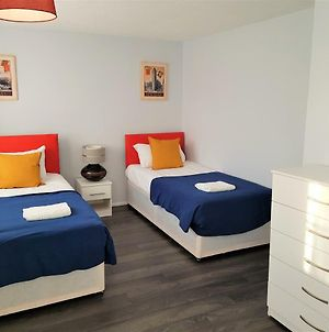 Poynters House - Huku Kwetu Luton & Dunstable - Spacious 2 Bedroom -L&D Hospital - Suitable & Affordable Group Accommodation - Business Travellers photos Exterior