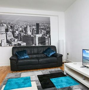 Executive 1 Bedroom City Centre Apartment In Private Building photos Exterior