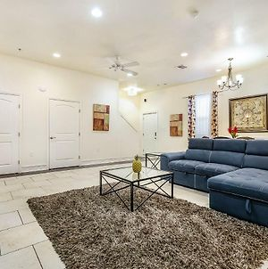 Gorgeous 3Br Condo Steps From St Charles Ave photos Exterior