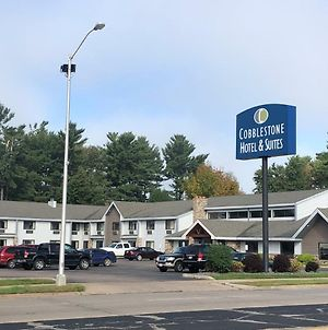 Cobblestone Hotel & Suites - Wisconsin Rapids photos Exterior