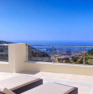 1090 Amazing Panorama Sea View Penthouse Large Terrace Heated Pool Gym photos Exterior
