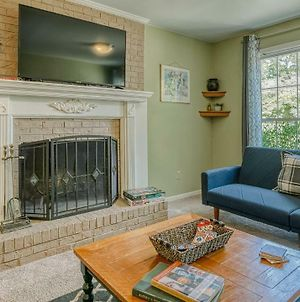 Columbia'S Brick Beauty. Pets Welcome! Sleeps 12 photos Exterior