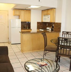 Hollywood Beach-Perfect One Bedroom Ocean View And Kitchen photos Exterior