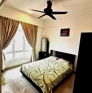 Cozy Ipoh Homestay - With Pool View 4-7 Pax photos Exterior
