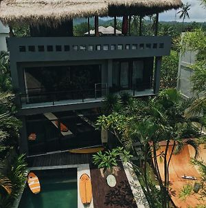 Surf Stay At Villa In 50 Meters From The Beach photos Exterior