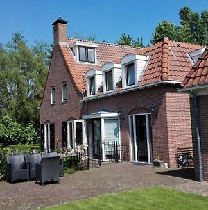 Traditional Nl House, 45 Train Minutes From Amsterdam photos Exterior